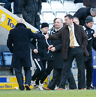 Photo: Steve Bond/Richard Lane Photography. <br />Leicester City v Hull City. Coca Cola Championship. 21/03/2008. Losing manager Ian Holloway (L) shakes hands with winning manager Phil Brown (R) at the final whistle