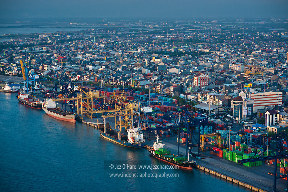 Port of Makassar (Ujung Pandang), Sulawesi Selatan, Indonesia
