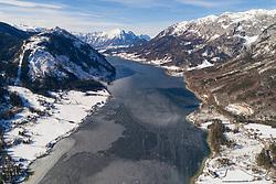 Luftaufnahme des gefrorenen Grundlsee, Steiermark, Oesterreich / Aerial View from frozen Grundlsee, Styria, Austria