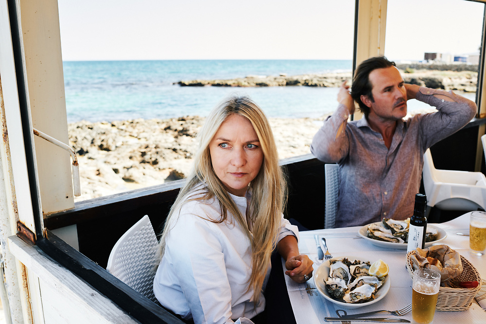 Collette Dinnigan and her husand Bradley Cocks, having lunch at Il Principe del Mare restaurant. Savelletri, Italia. September 28, 2019.
