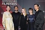 Jessica Schwarz, Elyas M'Barek, Karoline Herfurth, Lena Schömann und Florian David Fitz (v.l.n.r.) auf dem Roten Teppich anlässlich der Verleihung des 41. Bayerischen Filmpreises 2019 am 17.01.2020 im Prinzregententheater München.