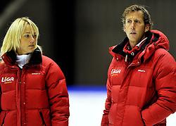 06-10-2011 SCHAATSEN: PERSPRESENTATIE LIGA SCHAATSTEAM: HEERENVEEN<br /> (L-R) Trainer Coach Marianne Timmer,  Trainer Rutger Tijssen<br /> ©2011-FotoHoogendoorn.nl