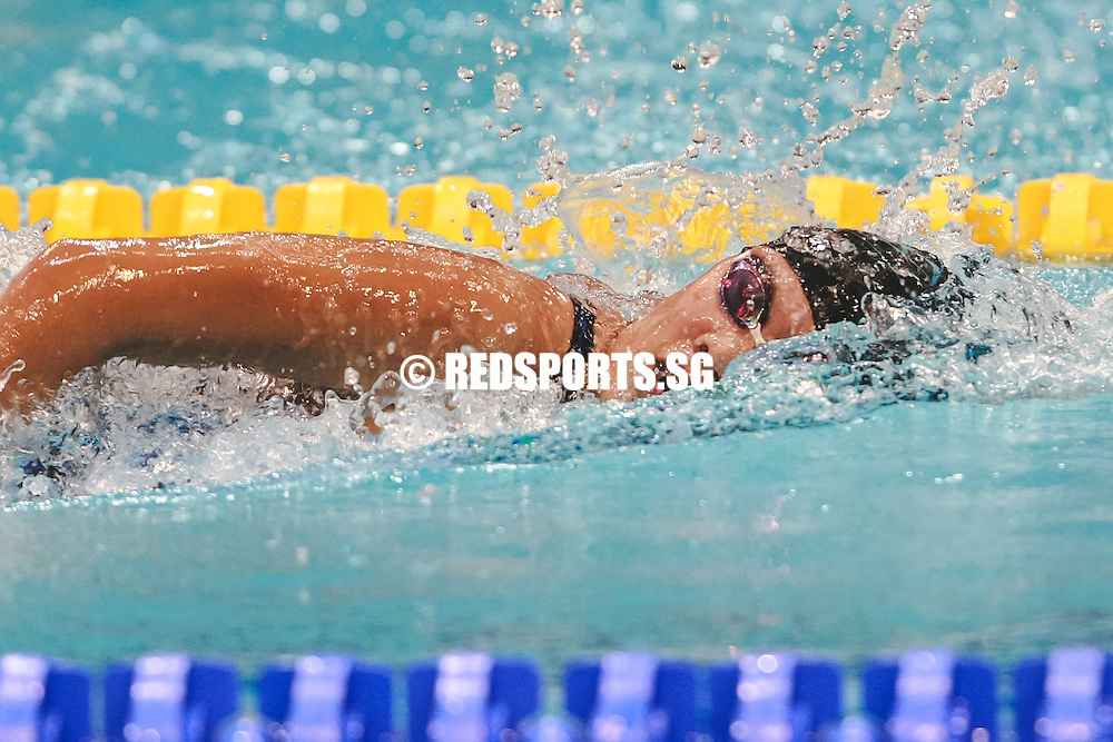 Natasha Yu swims in the womens' 800 freestyle event at the 47th Singapore National Age Group Swimming Championships. (Photo © Soh Jun Wei/Red Sports)