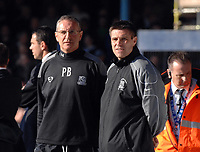 Photo: Ashley Pickering.<br />Southend United v Leeds United. Coca Cola Championship. 17/03/2007.<br />Southend manager Steve Tilson (R) watches play