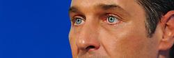 15.06.2011, Medienzentrum FPOE, Wien, AUT, Pressekonferenz Oesterreichisch Serbische Beziehungen, im Bild FPOE Bundesparteiobmann Heinz Christian Strache waehrend der FPOE Pressekonferenz ueber die Serbisch Oesterreichischen Beziehungen // during the Press Conference of Austrian Serbia Relationsship, Media Center FPOE, Vienna, 2011-06-15, EXPA Pictures © 2011, PhotoCredit: EXPA/ M. Gruber