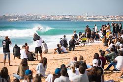 October 20, 2018 - Peniche, Portugal - The Brazilian surfer, Italo Ferreira on the wave. (Credit Image: © Henrique Casinhas/NurPhoto via ZUMA Press)