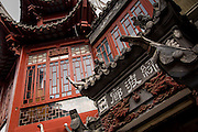Traditional Chinese buildings in Yu Yuan Gardens Bazaar Shanghai, China
