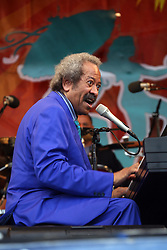 30 April 2010. New Orleans, Louisiana. <br /> The New Orleans Jazz and Heritage Festival. Allen Toussaint plays the main Acura stage.<br /> Photo credit; Charlie Varley.