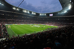 28.04.2015, Allianz Arena, Muenchen, GER, DFB Pokal, FC Bayern Muenchen vs Borussia Dortmund, Halbfinale, im Bild Die ausverkaufte Allianz Arena beim Halbfinale // during German DFB Pokal semifinal match between FC Bayern Munich and Borussia Dortmund at the Allianz Arena in Muenchen, Germany on 2015/04/28. EXPA Pictures © 2015, PhotoCredit: EXPA/ Eibner-Pressefoto/ Stuetzle<br /> <br /> *****ATTENTION - OUT of GER*****