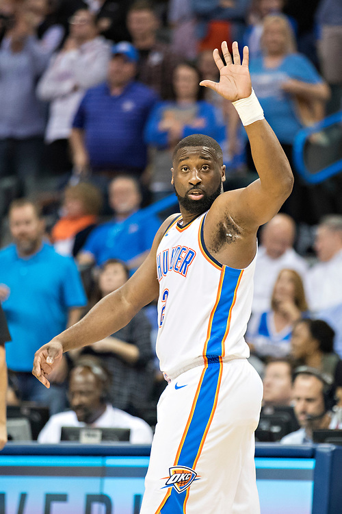 OKLAHOMA CITY, OK - OCTOBER 25:  Raymond Felton #2 of the Oklahoma City Thunder signals to a teammate during a game against the Indiana Pacers at the Chesapeake Energy Arena on October 25, 2017 in Oklahoma City, Oklahoma.  NOTE TO USER: User expressly acknowledges and agrees that, by downloading and or using this photograph, User is consenting to the terms and conditions of the Getty Images License Agreement.  The Thunder defeated the Pacers 114-96.  (Photo by Wesley Hitt/Getty Images) *** Local Caption *** Raymond Felton