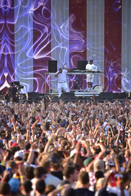DJ Khaled performs onstage during the 2016 Budweiser Made in America Festival - Day 2 at Benjamin Franklin Parkway on September 4, 2016 in Philadelphia, Pennsylvania. (Photo by Lisa Lake/Getty Images for Anheuser-Busch)