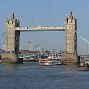 Tower Bridge by the Summer by the River: Massaoke   London Bridge City, on 28 June 2019, London, UK.