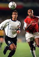 Thierry Henry (Arsenal) Jiri Novotny (Sparta Prague). AC Sparta Prague 0:1 Arsenal. UEFA Champions League, Prague, Czech Republic, 12/9/2000. Credit: Colorsport / Stuart MacFarlane.