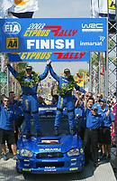 AUTO - WRC 2003 - CYPRUS RALLY -  20030622 - PHOTO : FRANCOIS BAUDIN / DIGITALSPORT<br />PETTER SOLBERG (NOR) / SUBARU IMPREZA WRC - AMBIANCE - PODIUM
