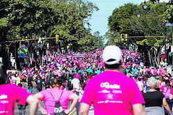 """October 7, 2018 - (08/10/2018) Este domingo se celebraron los 15 años de la carrera y caminata de la fundación Anna Ross en la lucha contra el cáncer. La participación fue multitudinaria en paseo Colón y La Sabana. PROHIBIDO EL USO O REPRODUCCIÃ""""N EN COSTA RICA. (Credit Image: © Gesline Anrango/La Nacion via ZUMA Press)"""