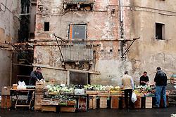 Taranto, mercato in citta'? vecchia.