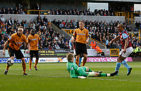 Photo: Steve Bond/Richard Lane Photography. Wolverhampton Wanderers v Aston Villa. Barclays Premiership 2009/10. 24/10/2009. Gabriel Agbonlahor opens the scoring