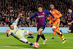 BARCELONA, March 14, 2019  Lyon's goalkeeper Mathieu Gorgelin (1st L) vies with Barcelona's Philippe Coutinho (2nd L) during the UEFA Champions League match between Spanish team FC Barcelona and French team Lyon in Barcelona, Spain, on March 13, 2019. Barcelona won 5-1 and advanced to the quarterfinals. (Credit Image: © Joan Gosa/Xinhua via ZUMA Wire)
