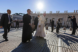 November 9, 2016 - Vatican City, Vatican - Pope Francis arrives to celebrate his Weekly General Audience in St. Peter's Square in Vatican City, Vatican on November 09, 2016. Pope Francis on Wednesday urged the faithful not to fall into indifference but to become active instruments of mercy. (Credit Image: © Giuseppe Ciccia/Pacific Press via ZUMA Wire)