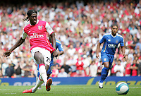 Photo: Lee Earle.<br /> Arsenal v Portsmouth. The FA Barclays Premiership. 02/09/2007.Arsenal's Emmanuel Adebayor scores their first from the penalty spot.
