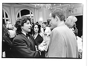 Griffin Dunne and Woody Harrelson. Vanity  Fair Washington party. approx 1995. © Copyright Photograph by Dafydd Jones 66 Stockwell Park Rd. London SW9 0DA Tel 020 7733 0108 www.dafjones.com
