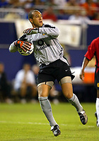 Photo Aidan Ellis.<br />Manchester United v juventus (Champions World Match at New York Giants Stadium East Rutherford).31/07/03.<br />United keeper Tim Howard