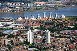 UK ENGLAND LONDON 22JUL08 - Aerial view of modern housing development by the river Thames in east London during zeppelin flight over the city...jre/Photo by Jiri Rezac..© Jiri Rezac 2008..Contact: +44 (0) 7050 110 417.Mobile:  +44 (0) 7801 337 683.Office:  +44 (0) 20 8968 9635..Email:   jiri@jirirezac.com.Web:    www.jirirezac.com..© All images Jiri Rezac 2008 - All rights reserved.