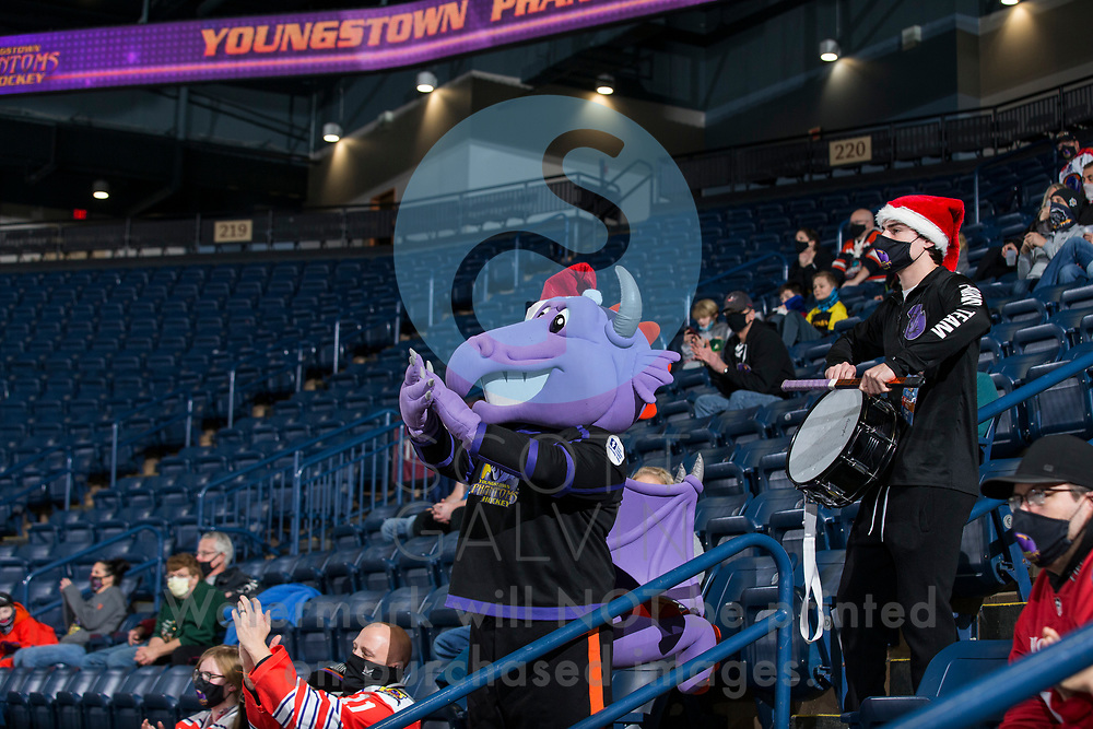The Youngstown Phantoms lose 5-2 to the Green Bay Gamblers at the Covelli Centre on December 19, 2020.<br /> <br /> Sparky, mascot
