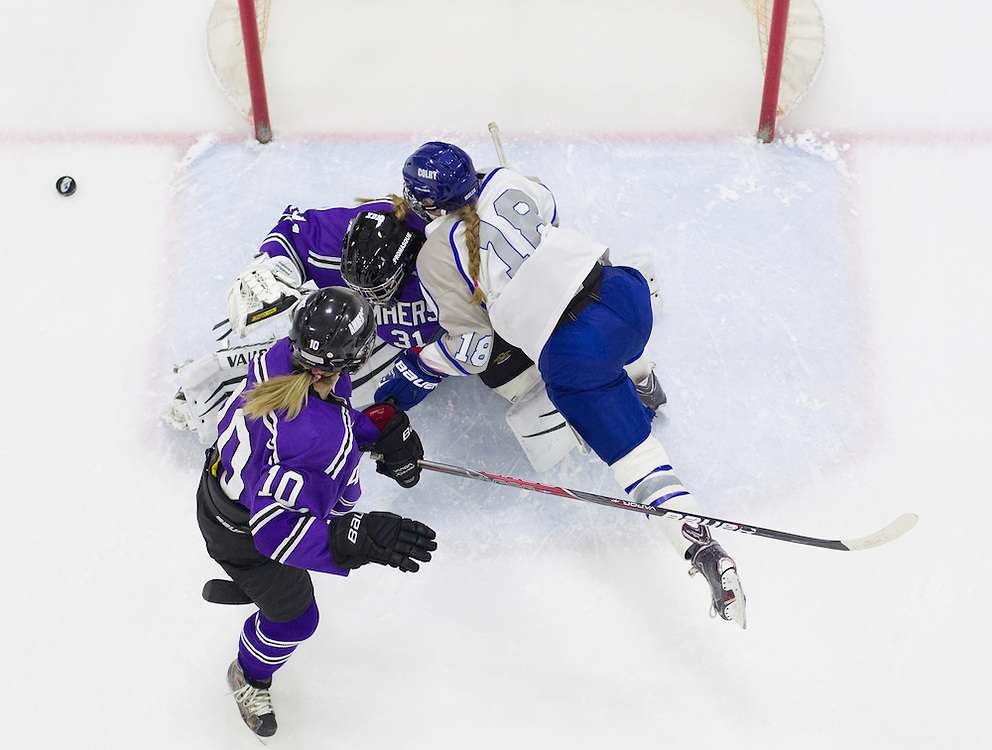 Eleanor Knutzen, of Colby College, in a NCAA Division III hockey game against Amherst College on January 10, 2015 in Waterville, ME. (Dustin Satloff/Colby College Athletics)