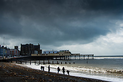 © Licenced to London News Pictures.<br /> Aberystwyth Wales UK, Tuesday 18 September 2018 . UK Weather: Dark threatening rain clouds gather over Aberystwyth, as Storm Helene passes and Storm Ali, the first named storm of the UK winter season, gathers strength, promising very high winds and heavy rain for north western parts of the UK tomorrow. Photo © Keith Morris / LNP