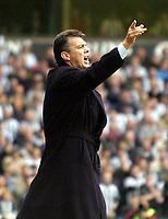 Fotball<br /> Premier League 2003/04<br /> Aston Villa v Newcastle<br /> Birmingham<br /> 18. april 2004<br /> Foto: Digitalsport<br /> Norway Only<br /> <br /> Aston Villa manager David O'Leary