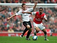 Photo: Tom Dulat.<br /> Arsenal v Sunderland. The FA Barclays Premiership. 07/10/2007.<br /> Anthony Stokes of Sunderland and Theo Walcott of Arsenal with the ball