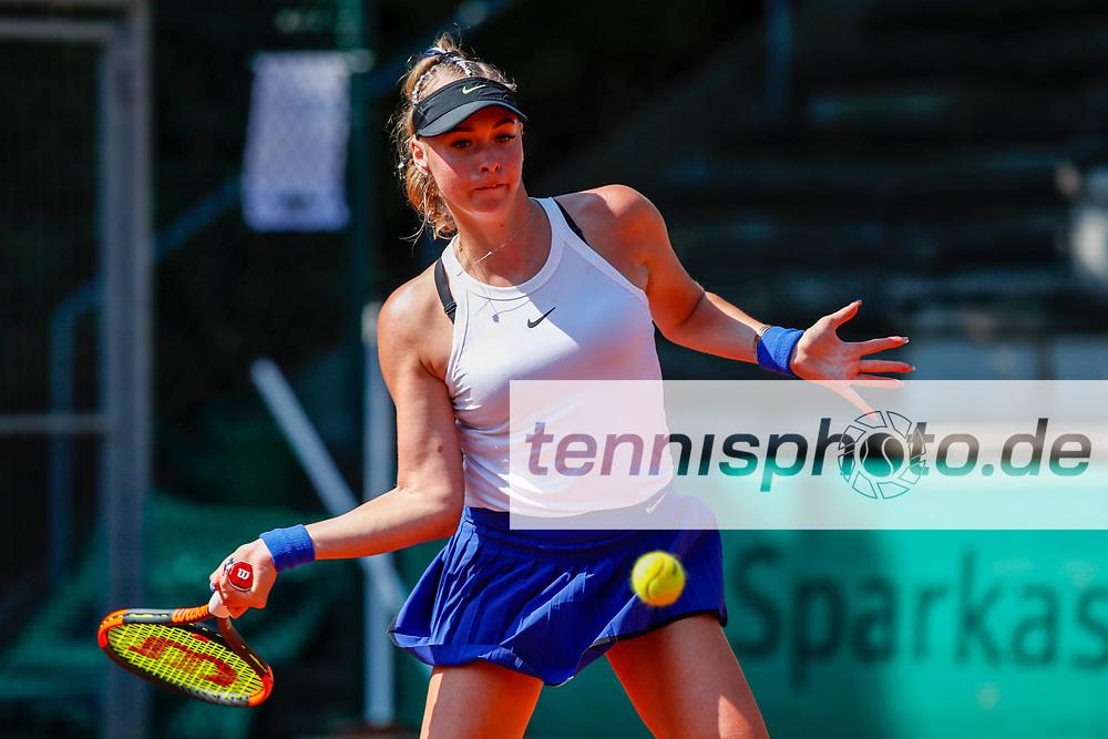 Fanny Stollar (HUN)  - WTA-Ranking #357 bei der International Premier League (IPL) - 3. Event am 10.8.2020 in Halle (TC Blau-Weiss Halle), Deutschland , Foto: Mathias Schulz