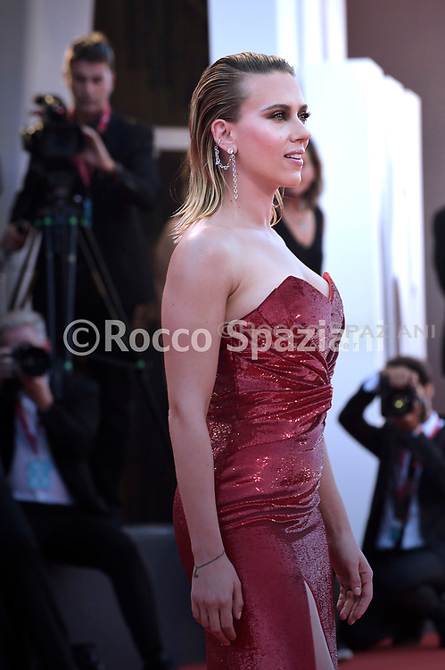 """VENICE, ITALY - AUGUST 29: Scarlett Johansson walks the red carpet ahead of the """"Marriage Story"""" screening during during the 76th Venice Film Festival at Sala Grande on August 29, 2019 in Venice, Italy. ("""