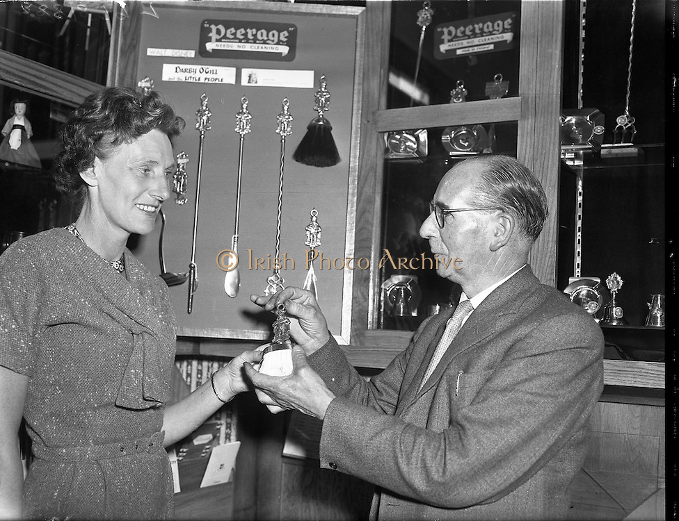 World Premiere of Darby O'Gill and the Little People at the Theatre Royal.24/06/1959