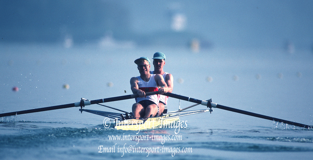 Banyoles, SPAIN, Men's  pair, GER M2-. <br /> Peter HOELTZENBEIN and Colin Von ETTINGSHAUSEN,  competing in the 1992 Olympic Regatta, Lake Banyoles, Barcelona, SPAIN.   [Mandatory Credit: Peter Spurrier: Intersport Images]