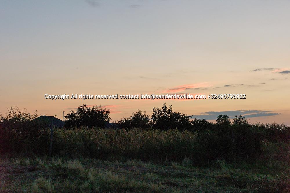20150821  Moldova, Tipova. at sundown