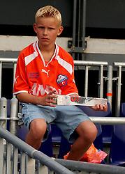 01-06-2003 NED: Amstelcup finale FC Utrecht - Feyenoord, Rotterdam<br /> FC Utrecht pakt de beker door Feyenoord met 4-1 te verslaan / Publiek support