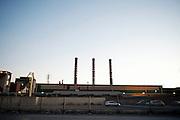 Una zona dell'impianto industriale vista dalla strada. Christian Mantuano/OneShot