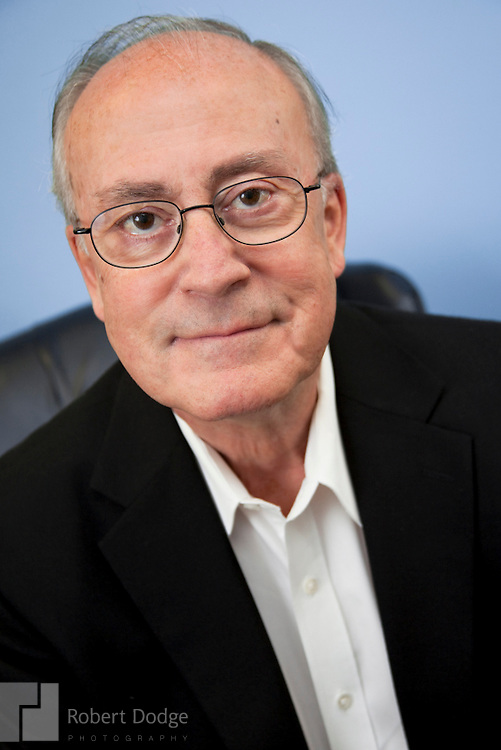 Put your best face forward with quality executive head shots and portraits. Washington DC photographer Robert Dodge works with clients to deliver images that imprint with clients, members, customers and other constituencies.