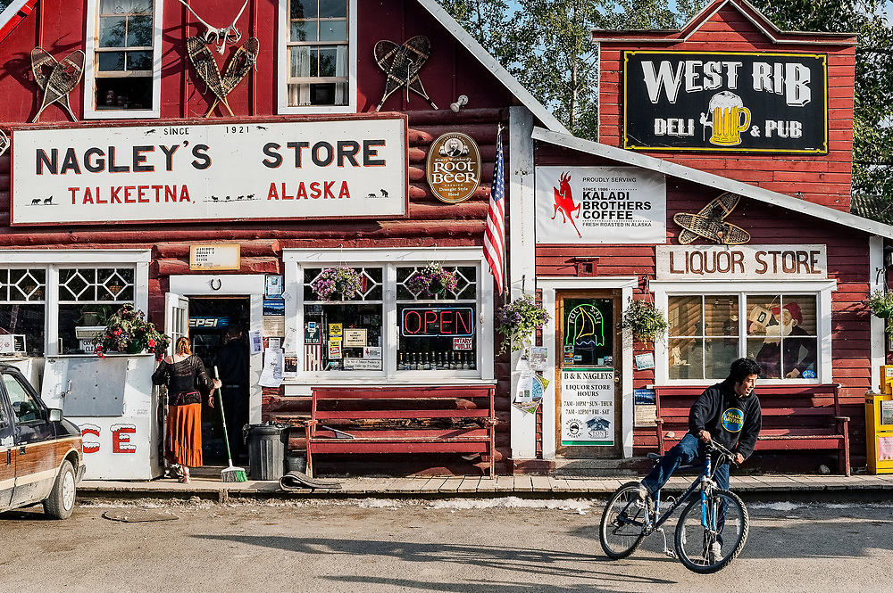 Nagley's store, Talkeetna, Alaska, USA.