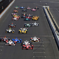 24 May, 2015, Indianapolis, Indiana, USA<br /> Scott Dixon leads at the start<br /> ©2015, Phillip Abbott<br /> LAT Photo USA