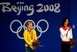 15-08-2008 ZWEMMEN: OS 2008 ZWEMMEN: BEIJING<br /> Leisel Jones AUS, Rebecca Soni USA <br /> ©2008-WWW.FOTOHOOGENDOORN.NL