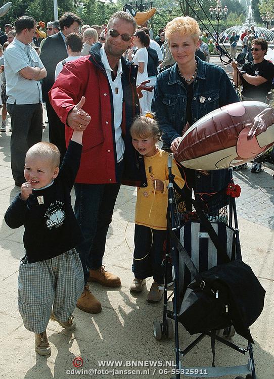 Opening Six Flags Dronten, Ron Boszhard , vrouw en kinderen