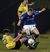 Photo: Richard Lane.<br /> Watford v Leicester City. Coco-Cola Championship. 15/03/2005.<br /> Joey Gudjonsson is challenged by Johnnie Jackson and Gavin Mahon.