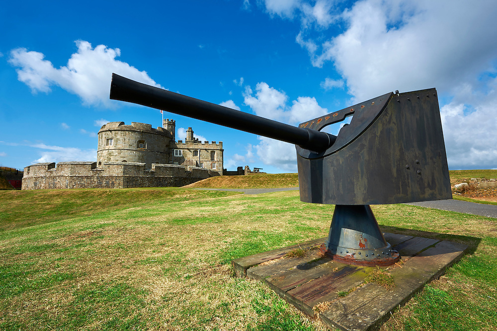 Pendennis Castle one of Henry VIII's Device Forts, or Henrician castle built between 1539 - 1545 overlooking the Fal estuary, near Falmouth, Cornwall, England.  Pendennis Castle  is an artillery fort constructed by Henry VIII near Falmouth, Cornwall, England between 1540 and 1542. It formed part of the King's Device programme to protect against invasion from France and the Holy Roman Empire, and defended the Carrick Roads waterway at the mouth of the River Fal.<br /> <br /> Visit our MEDIEVAL PHOTO COLLECTIONS for more   photos  to download or buy as prints https://funkystock.photoshelter.com/gallery-collection/Medieval-Middle-Ages-Historic-Places-Arcaeological-Sites-Pictures-Images-of/C0000B5ZA54_WD0s