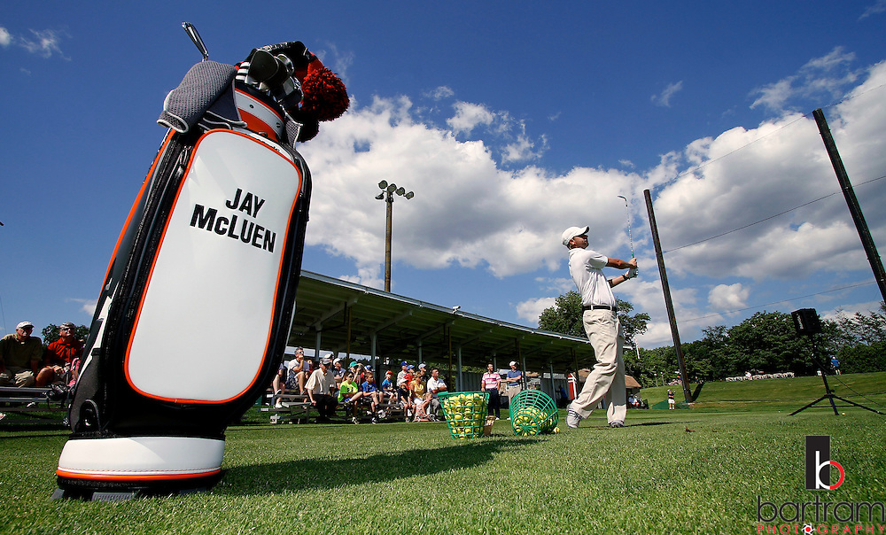 Professional golfer Jay McLuen demonstrates during a youth clinic at Stanley Golf Course in New Britain on Wednesday. (Photo by Kevin Bartram)