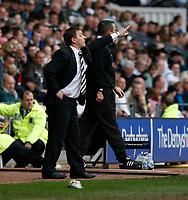 Photo: Steve Bond.<br />Derby County v Coventry City. Coca Cola Championship. 09/04/2007. Billy Davies gives instructions
