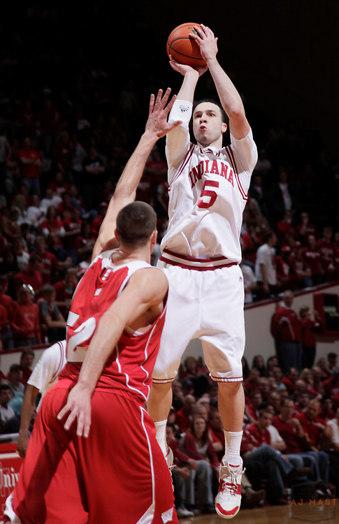 25 February 2010: Indiana guard Jeremiah Rivers (5) as the Indiana Hoosiers played the Wisconsin Badgers in a college basketball game in Bloomington, Ind.