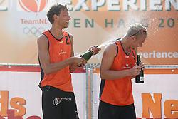 20160724 NED: NK Beachvolleybal 2016, Scheveningen <br />Wessel Keemink, Sven Vismans<br />©2016-FotoHoogendoorn.nl / Pim Waslander